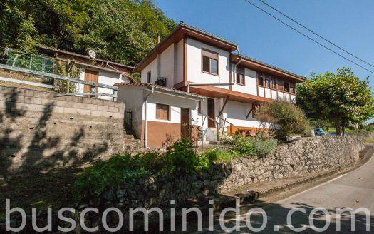 Casa en el pueblo - Siones - Oviedo